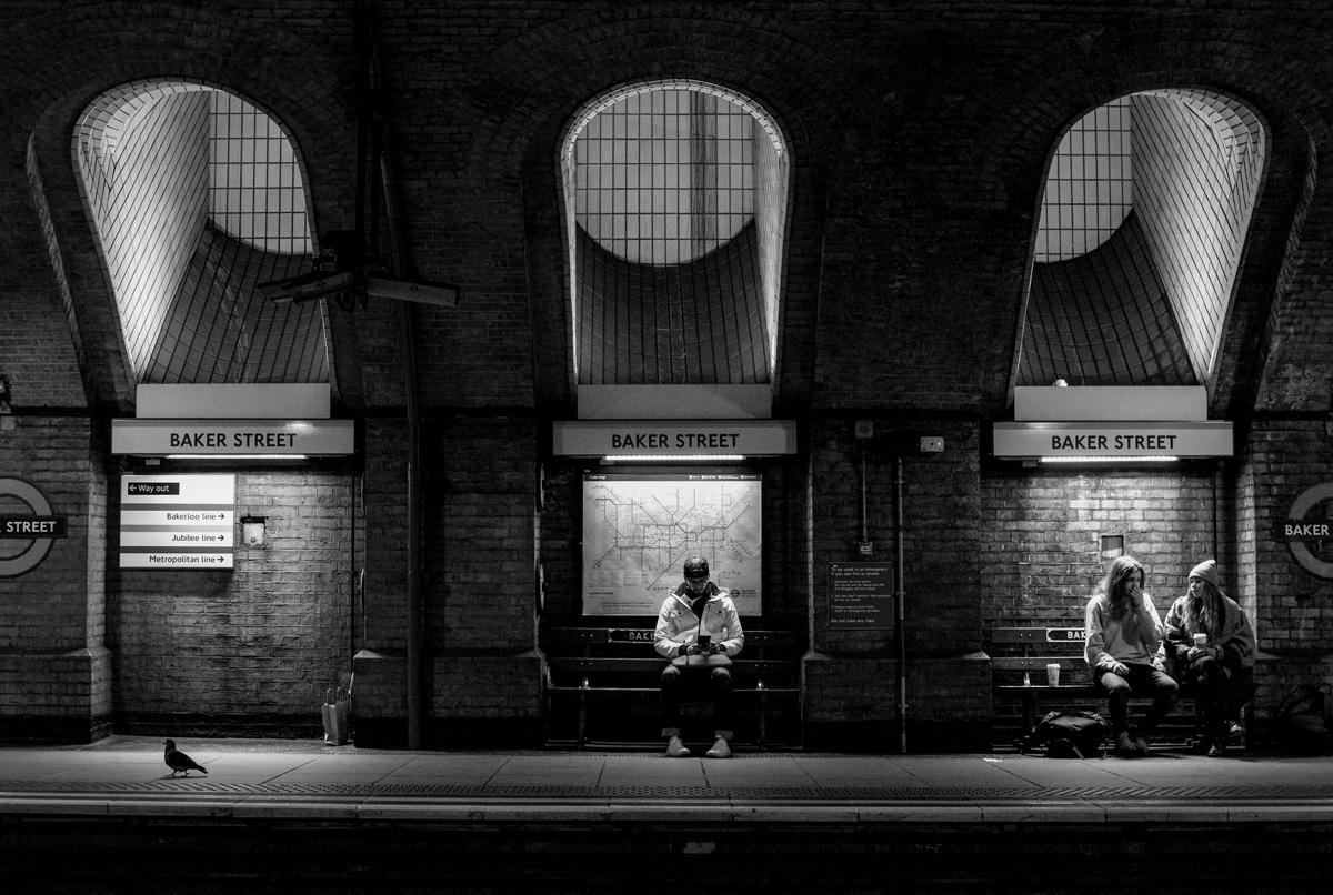 Rachel Groom Street Photography Baker Street Tube