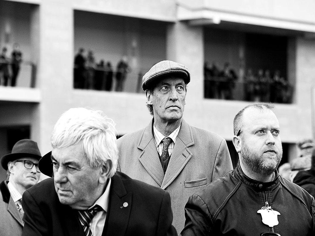Street Photography @rgpshots Cheltenham Racecourse